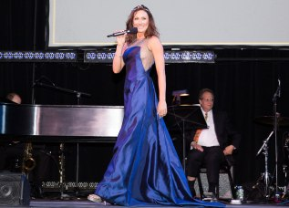 Laura Benanti to return as host for the 60th Annual Drama Desk Awards